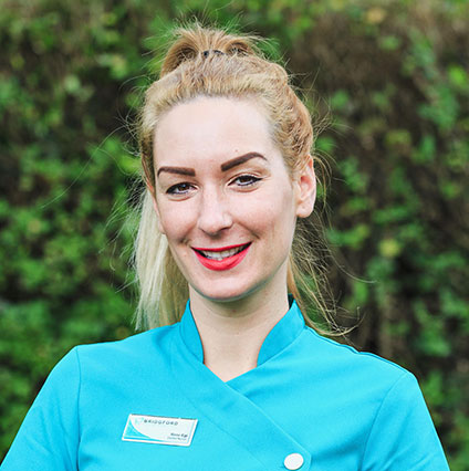 Renata Egi – Dental Nurse